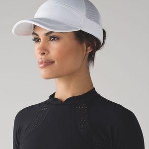 Lululemon | Dash & Splash Cap in White